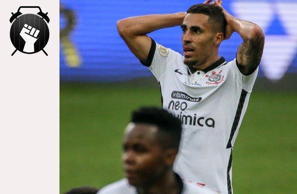 VÍDEO: Notícias do Corinthians | Atuação ruim, adeus à Libertadores e jovens a caminho do CT