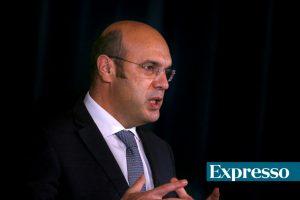 Siza Vieira assessorou criação do Novo Banco em reuniões ao mais alto nível