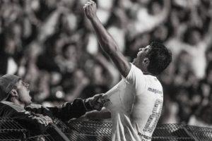 Defesa de Cássio e golaço de Paulinho: Corinthians x Vasco, pela Libertadores 2012, completa 9 anos