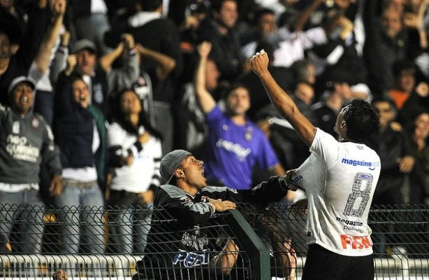 VÍDEO: Recordar é viver: Meu Timão transmite vitória épica do Corinthians na Libertadores de 2012