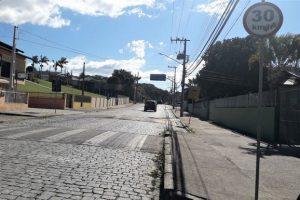 Com histórico de anúncios, asfaltamento de via na zona Sul enfrenta impasse